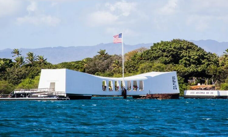 Deluxe Pearl Harbor Visitor Center Tour1