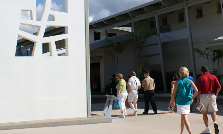 Deluxe Pearl Harbor Visitor Center Tour3